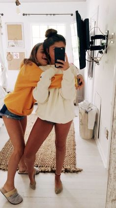 Quotes Friendship Bff Girls Sisters 70 Ideas For 2019 Bff Pics, Cute Friend Pictures, Friend Photos, Cute Bestfriend Pictures, Sister Pics, Happy Pictures, Beautiful Pictures, Funny Pictures, Best Friend Fotos
