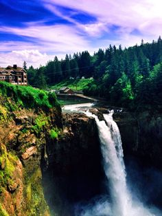 Snoqualmie Falls, Snoqualmie, Washington - Snoqualmie falls is 30...