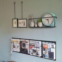 Metalen wandplank meert, Xpose fotolijsten en een magazinerack gaan heel goed samen meer stoere industriële items shop je bij VanEtje op www.vanetje.nl