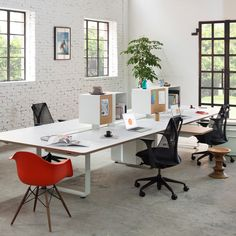 Arras Bench by Herman Miller – Innerspace