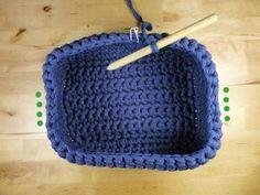 Teje una caja u organizador - Paperblog Knitted Hats, Crochet Hats, Cotton Cord, Diy Gifts, Crochet Projects, Creations, Crochet Patterns, Basket, Knitting