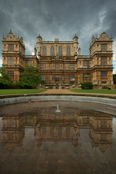 Wollaton Hall, Nottinghamshire, England by Andy Watson English Manor Houses, English House, Amazing Architecture, Historical Architecture, England Ireland, England Uk, Castles In England, Renaissance, Grand Homes