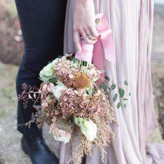 15035058_1348109171889719_4692047931732131840_n Floral Wreath, Wreaths, Weddings, Home Decor, Floral Crown, Decoration Home, Door Wreaths, Room Decor, Wedding