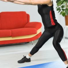 Healthista 30 day Hiit challenge – upper and lower body – lunge drive – reverse crunch – side lunge – Day 18 #healthy #workout #fitness #HIIT