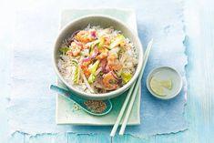 Deze wokschotel met knoflookgarnalen en limoengras smaakt lekker fris - Recept - Allerhande