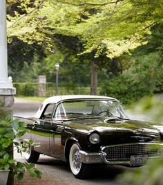 Ford Thunderbird | More here: http://mylusciouslife.com/stylish-home-luxury-garage-design/