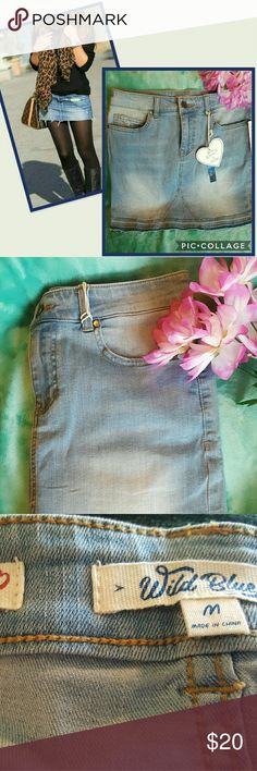 """👜SOFT MOVABLE JEAN SKIRT👜 Awesome pre-washed skirt fo college,  shopping or work, dress it up or down.   👜Size medium  👜Waist  15"""" 👜Lenght 18"""" 👜Body 18""""  👜80% Cotton  👜19% Lyocell  👜19% Spandex   👜LOVE TO TAKE REASONABLE OFFERS  ❎NO TRADES  ❎NO LOW BALLERS WELCOME Wild Blue  Skirts Mini"""