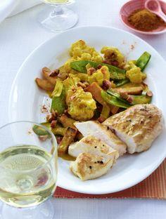 Unser beliebtes Rezept für Blumenkohl-Curry mit Hähnchenbrust (Diät ) und mehr als 55.000 weitere kostenlose Rezepte auf LECKER.de.