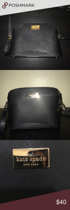 Kate spade ♠️ crossbody NWOT Faux Kate spade bag, never used, good quality! kate spade Bags Crossbody Bags