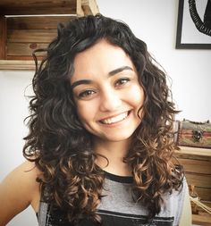 62 Super Ideas For Hair Cuts Natural Wavy Curls Wavy Haircuts, Curled Hairstyles, Pretty Hairstyles, Hairstyle Men, Formal Hairstyles, Wedding Hairstyles, Natural Wavy Hair, Natural Hair Styles, Short Hair Styles