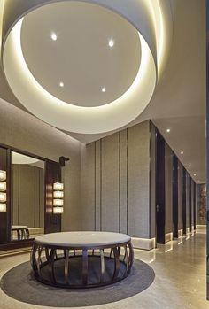 Zhongshan Run Park sales office design - Horseshoe Network Hotel Hallway, Hotel Corridor, Hotel Concept, Public Bathrooms, Lobby Interior, Hospital Design, Lobby Design, Interior Decorating, Interior Design