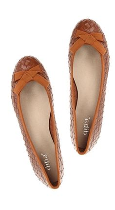 Super cute: bow flats #fallfashion