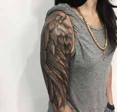 big wings of angels tattoos on the arm- cover arm tattoo - Tattoo Feder - Tattoo Wing Tattoo On Shoulder, Wing Tattoo Arm, Back Tattoo, Tattoo Wings, Eagle Wing Tattoos, Arm Tats, Wing Tattoo Designs, Tattoo Designs For Women, Feather Tattoos