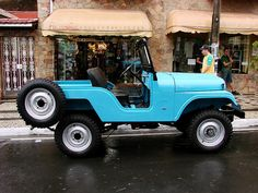 Nice CJ5;  pretty well the same colour as mine, when its clean and polished.