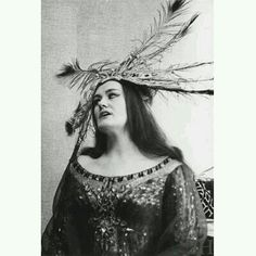 Joan Sutherland. Seattle 1967 - Debut in the role of Lakmé