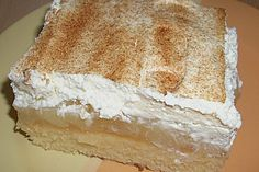 Schmandwelle with pears, a popular recipe with a picture from the cake category. 10 ratings: Ø Tags: baking, cake Baking Recipes For Kids, Dessert Recipes For Kids, Kid Desserts, Dessert Cake Recipes, Lemon Desserts, Homemade Desserts, Healthy Dessert Recipes, Chocolate Desserts, Summer Desserts