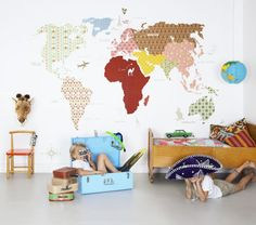 Let them explore the world with amazing wallpaper. http://www.decorteamus.com/