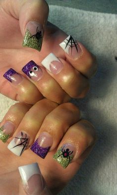 Are you looking for easy Halloween nail art designs for October for Halloween party? See our collection full of easy Halloween nail art designs ideas and get inspired! Holiday Nail Designs, Halloween Nail Designs, Holiday Nails, Christmas Nails, Holloween Nails, Halloween Acrylic Nails, Fingernail Designs, Nail Art Designs, Perfect Nails