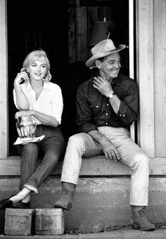 """""""Marilyn Monroe and Clark Gable , 1960"""""""