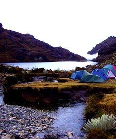 Lago Santo Cristo en Mérida, foto tomada al amanecer en Venezuela