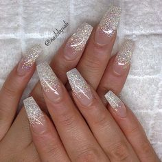 (notitle) - Long nails - (notitle) - Long nails - The Effective Pictures We Offer You About Glitter face A quality picture can tell you many things. Cute Acrylic Nails, Acrylic Nail Designs, Cute Nails, My Nails, Silver Acrylic Nails, Silver Sparkle Nails, White Sparkly Nails, Glitter Ombre Nails, White And Silver Nails
