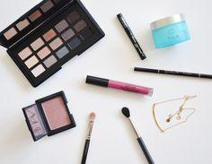 December 2014 favroites. www.makeup-sessions.com