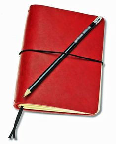 """FLEXI(""""M"""")- red genuine cow-leather notebook + ToDo, Plain) Leather Notebook, Leather Journal, Personal Organizer, Notebook Covers, Leather Cover, Cow Leather, Cool Suits, Ale, Organization"""