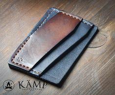 Leather credit card holder / wallet by KampLeatherwork on Etsy Leather Front Pocket Wallet, Leather Wallet Pattern, Handmade Leather Wallet, Leather Card Wallet, Leather Gifts, Edc Wallet, Leather Business Card Holder, Minimalist Leather Wallet, Leather Projects
