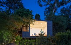 Black Box studio by ANX Aaron Neubert Architects.  Love the exterior!  Love the interior! Love the view!