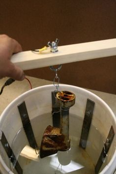 Rust Bucket Electrolysis DIY