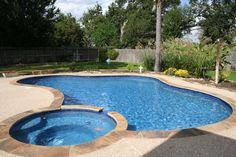 Wet Pools Inc. Remodel/ Plaster: Quartzscapes, Tahoe Blue/ September 2010 : Katy, Texas