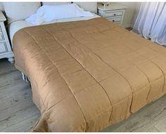 Golden tan linen box comforter Linen Pillows, Linen Fabric, Twin Xl Bedding, Bedding Sets, Shower Curtain Rods, Fabric Swatches, California King, Natural Linen, Golden Tan