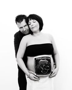 Scan Photo pregnancy bump paint.  Models Jane and John Butcher. Photo Shanon Leigh, Say Something Photography