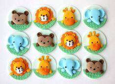 Safari cupcake by LesPopSweets Safari Cupcakes, Elephant Cupcakes, Kid Cupcakes, Animal Cupcakes, Cake Decorating With Fondant, Cookie Decorating, Fondant Cupcake Toppers, Cupcake Cakes, Bolo Mickey Safari