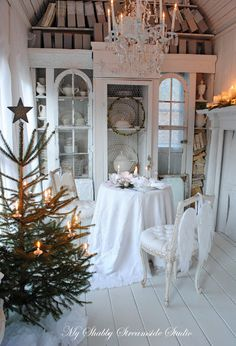 My Shabby Streamside Studio: Christmas, Casually Elegant
