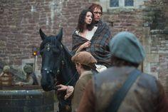 "Outlander ""Castle Leoch"" S1EP2"