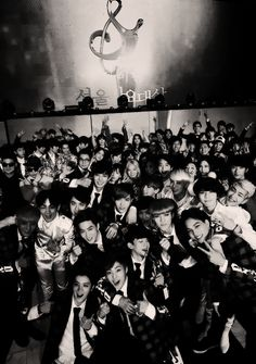 There's so many Koop groups in this pic. Also seems to be taken ages ago! (Jk) All 12 EXO. BAP. VIXX. Shinee. ........