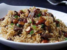 Ramazan geldi. Bu Ramazan'da ne yemek yapsam ne yesem diye dertleriniz olmasın diye size haftalık enfes tarifler sunmaya karar verdim. Ama bu sefer klasik bulgur pilavı ve taze fasulye …