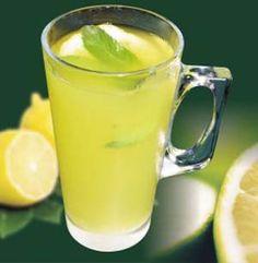 V horúcich dňoch najlepšie uhasí smäd nápoj s citrusmi, mätou a zázvorom.