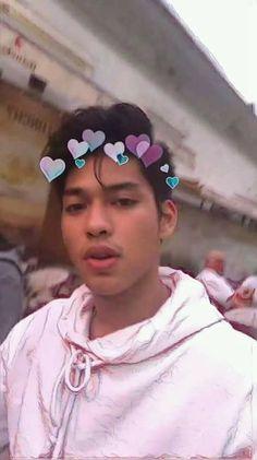 Ricci Rivero, Asian Boys, Luxury Lifestyle, Iphone Wallpaper, Polaroid, Crushes, Basketball, Wattpad, Personal Care