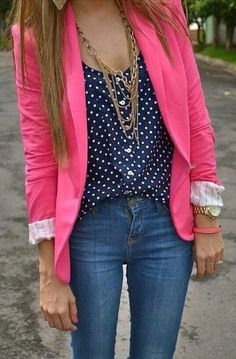 Got my hot pink blazer, now it's time to accessorize...