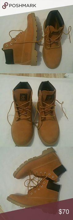 """Timberland 6"""" Premium Waterproof Boots. Only worn once but it was too big. Condition is like new. Youth size 6.5 converts to Women size 8.5 Timberland Shoes Winter & Rain Boots"""