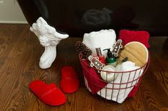 Offer guests a welcome basket with fluffy towels, holiday soaps and slippers. Guest Welcome Baskets, Holiday Fun, Christmas Ideas, Soaps, Towels, Slippers, Make It Yourself, My Favorite Things, Creative