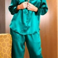 yeşil saten pijama takımı