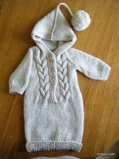 an all in one sleeping bag perfect for a preemie baby 80% wool and 20% acrylic this sleep sack will keep your little one warm without over heating them