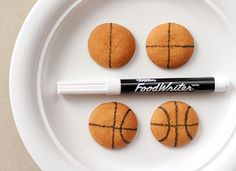 All you need to do is draw the lines onto Nilla Wafer cookies as shown using a black food marker.Huge HIt, adults and kids devoured, very easy, but takes time. Basketball Cookies, Basketball Gifts, Love And Basketball, Basketball Season, Basketball Pictures, Basketball Players, Basketball Birthday Parties, 3rd Birthday Parties, Birthday Ideas