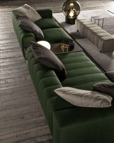 Modern sofas and the trends for 2018 Classy Living Room, Cute Living Room, Living Room Sofa Design, Home Room Design, Living Room Modern, Home Interior Design, Living Room Designs, Home Decor Furniture, Sofa Furniture