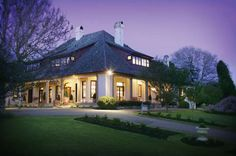 WEDDING VENUE: Peppers Manor House
