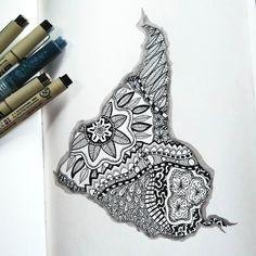 nuestro norte es el sur  #rabisco #rabiscologia #sketch #sketchbook #ilustracao #drawing #ink #linedrawing #illustration #blackink #desenho #doodles #doodling #doodleoftheday #nanquim #inkdrawing #canetananquim #waterbrush #doodleart #artpractice #artlearning #canetapincel #blackdoodle #sketchbookpractice #sudamerica #torresgarcia #americadosul ##esboco