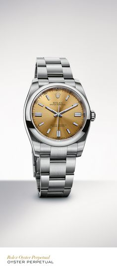 The Rolex Oyster Perpetual 36 mm in 904L steel with a domed bezel, white grape dial and Oyster bracelet. #Festive #RolexOfficial